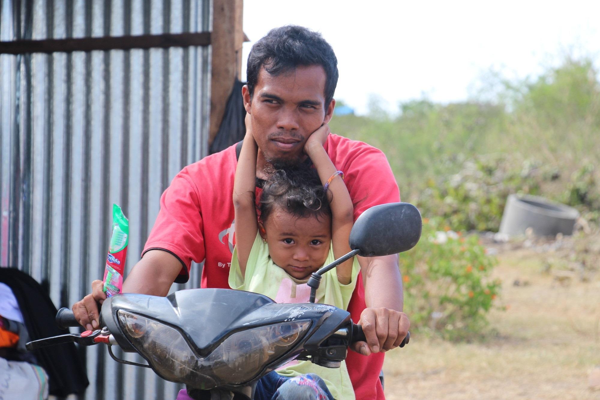 Život v Indonézii sa prebúdza